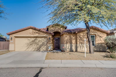 Tucson Single Family Home Active Contingent: 8240 N Stone Hill Drive