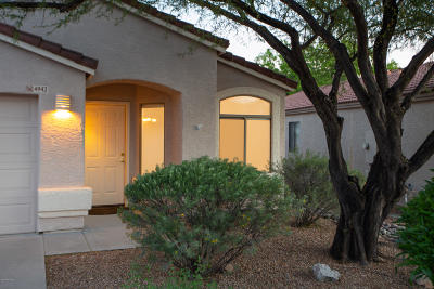 Single Family Home Active Contingent: 4942 N Sabino Gulch Court