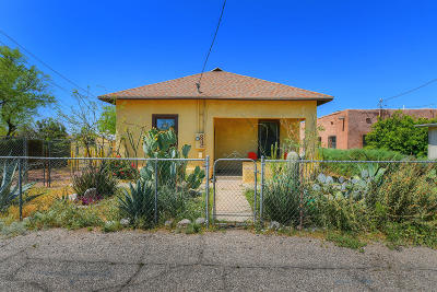 Single Family Home Active Contingent: 839 S Railroad Avenue