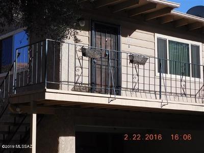 Pima County Townhouse For Sale: 6641 E Calle La Paz #D