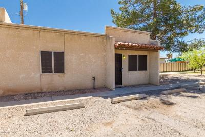 Pima County Townhouse Active Contingent: 5776 E 26th Street