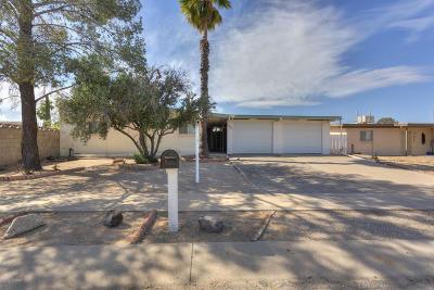 Single Family Home For Sale: 7540 E Poinciana Drive