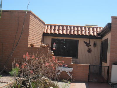Green Valley Townhouse Active Contingent: 200 N Calle Del Diablo