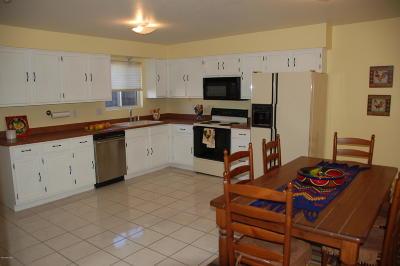 Single Family Home For Sale: 5251 E Lee Street
