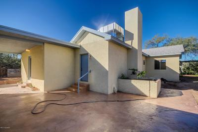 Single Family Home For Sale: 3668 E Baker Place