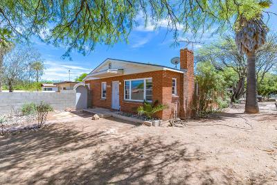 Single Family Home For Sale: 2826 E Elm Street