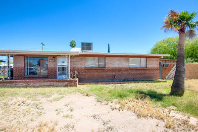 Pima County, Pinal County Single Family Home For Sale: 6601 E Calle Dened