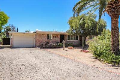 Single Family Home Active Contingent: 4132 E Roberts Place