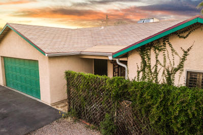 Single Family Home Active Contingent: 4845 E 2nd Street