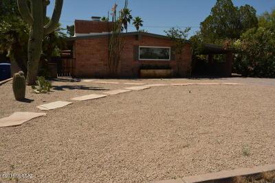 Single Family Home For Sale: 4326 E Elmwood Street