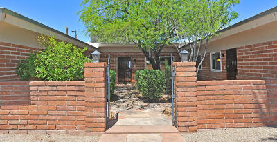Single Family Home For Sale: 5955 E 5th Street