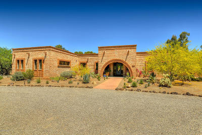Tucson Single Family Home Active Contingent: 3323 E Arroyo Chico