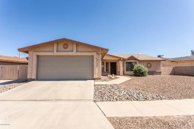 Tucson Single Family Home Active Contingent: 1511 W Lama Drive