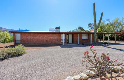 Tucson Single Family Home Active Contingent: 7550 N Obregon Drive