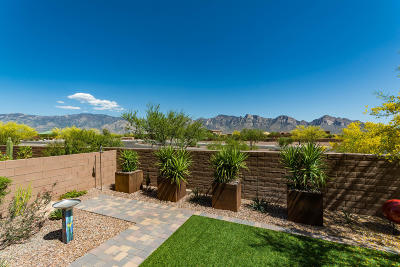 Oro Valley Townhouse For Sale: 28 E Peralta Canyon Court