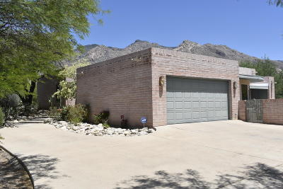 Tucson Single Family Home For Sale: 6550 N Longfellow Drive