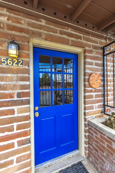 Single Family Home For Sale: 5622 E Cooper Street