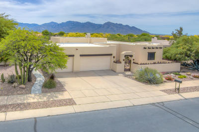 Oro Valley Single Family Home Active Contingent: 11570 Kelly Rae Place