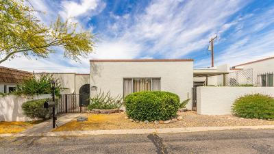 Pima County Townhouse Active Contingent: 600 E River Road #H