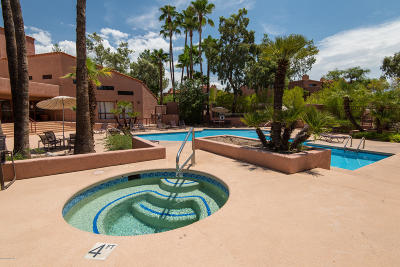 Tucson Condo For Sale: 5051 N Sabino Canyon Road #1104