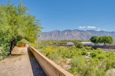 Tucson Townhouse For Sale: 3750 N Country Club Road #41