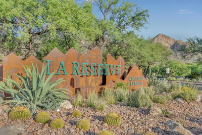 Oro Valley Townhouse Active Contingent: 1305 E Stoney Canyon Circle