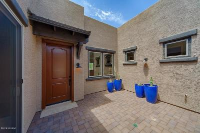 Oro Valley Townhouse For Sale: 13193 N Humphrey's Peak Drive