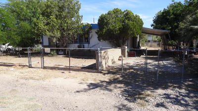 Pima County Manufactured Home Active Contingent: 2925 W Sahara Street