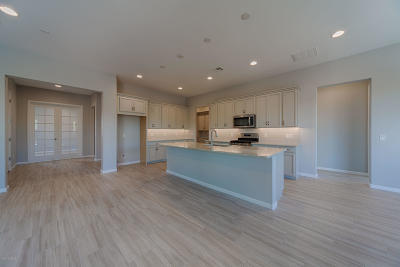 Oro Valley Townhouse For Sale: 13233 N Humphrey's Peak Drive