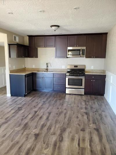 Oracle Single Family Home For Sale: 575 W Camino Yucca
