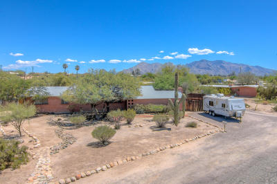 Tucson Single Family Home Active Contingent: 1702 W Hudson Drive