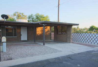 Pima County Townhouse For Sale: 3356 E Fort Lowell Road