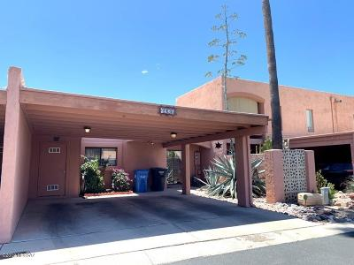 Pima County, Pinal County Townhouse Active Contingent: 4936 N Via Carina
