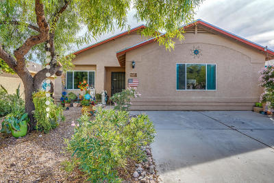Tucson Single Family Home Active Contingent: 7972 S Lennox Lane
