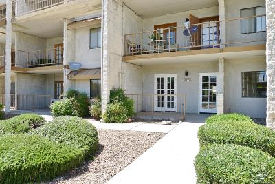 Pima County, Pinal County Condo Active Contingent: 7777 E Golf Links Road #2103