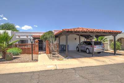 Green Valley Townhouse For Sale: 21 N Las Yucas