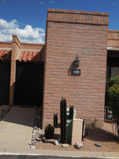 Green Valley Townhouse Active Contingent: 1473 W Desert Hills Drive