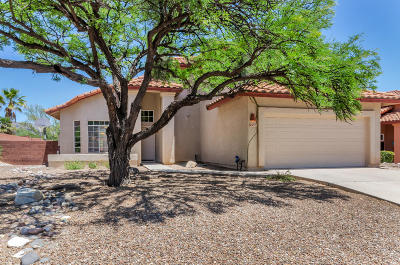 Pima County, Pinal County Single Family Home Active Contingent: 5560 N Barrasca Avenue