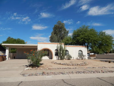 Pima County Single Family Home For Sale: 8121 N Suwannee Drive