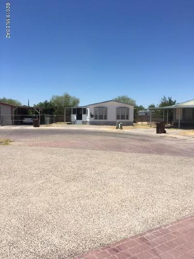 Pima County Manufactured Home Active Contingent: 2840 W Regina Place