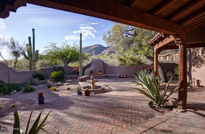 Tucson Single Family Home For Sale: 7148 N Cathedral Rock Place
