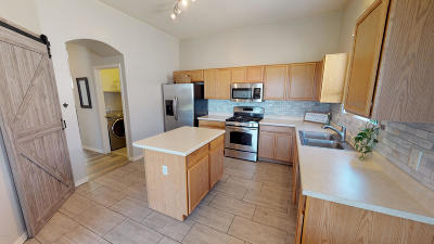 Vail Single Family Home For Sale: 593 E Painted Pueblo Drive