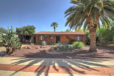 Green Valley Single Family Home Active Contingent: 110 E Los Arcos