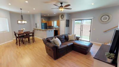 Pima County Townhouse For Sale: 8695 E Placita De Las Tarascas