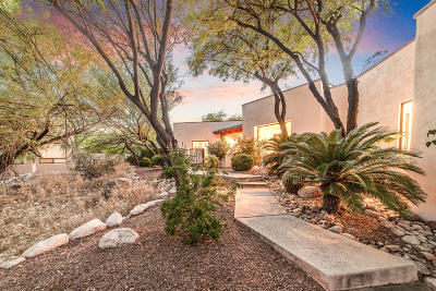 Tucson Single Family Home Active Contingent: 4877 N Ventana Ridge Place