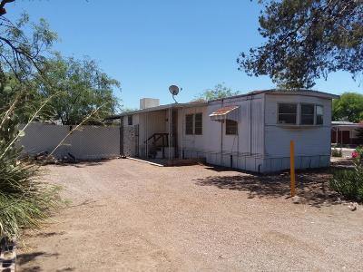 Pima County Manufactured Home For Sale: 6310 N Quince Way