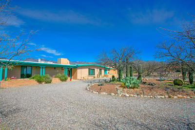 Pima County, Pinal County Single Family Home Active Contingent: 3821 N Hano Place