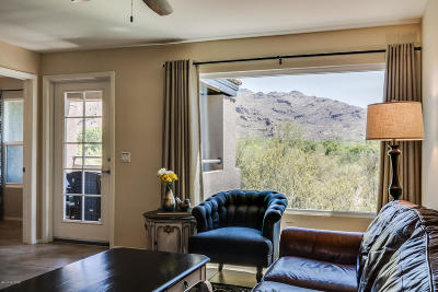 Tucson Condo For Sale: 5855 N Kolb Road #10210