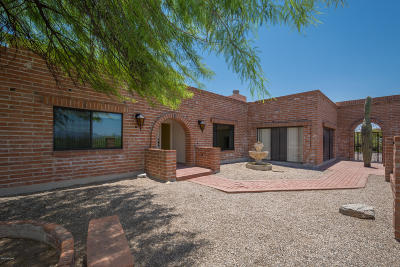 Single Family Home For Sale: 5011 N Camino Esplendora