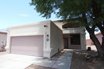 Tucson, Oro Valley, Marana, Sahuarita, Vail Single Family Home For Sale: 10025 E Via Del Pasto